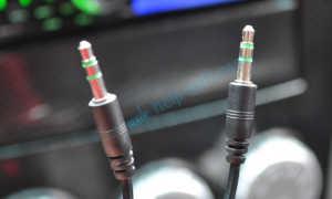 Кабель AUX для магнитолы и разъем Аукс в автомобиле: особенности, выбор, преимущества и недостатки