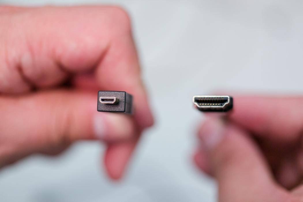 Кабель Micro HDMI - HDMI