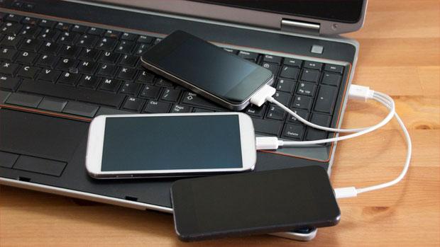 telefon-podklyuchen-cherez-usb-k-pk.jpg