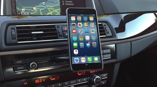 smartfon-v-avto.png