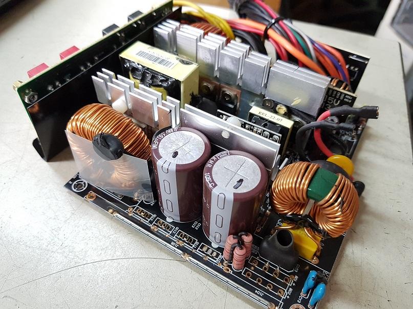 Ремонт-мощного-компьютерного-блока-питания.jpg