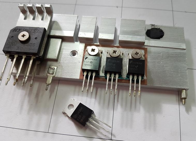 сгоревший-транзистор-компьютерного-БП.jpg