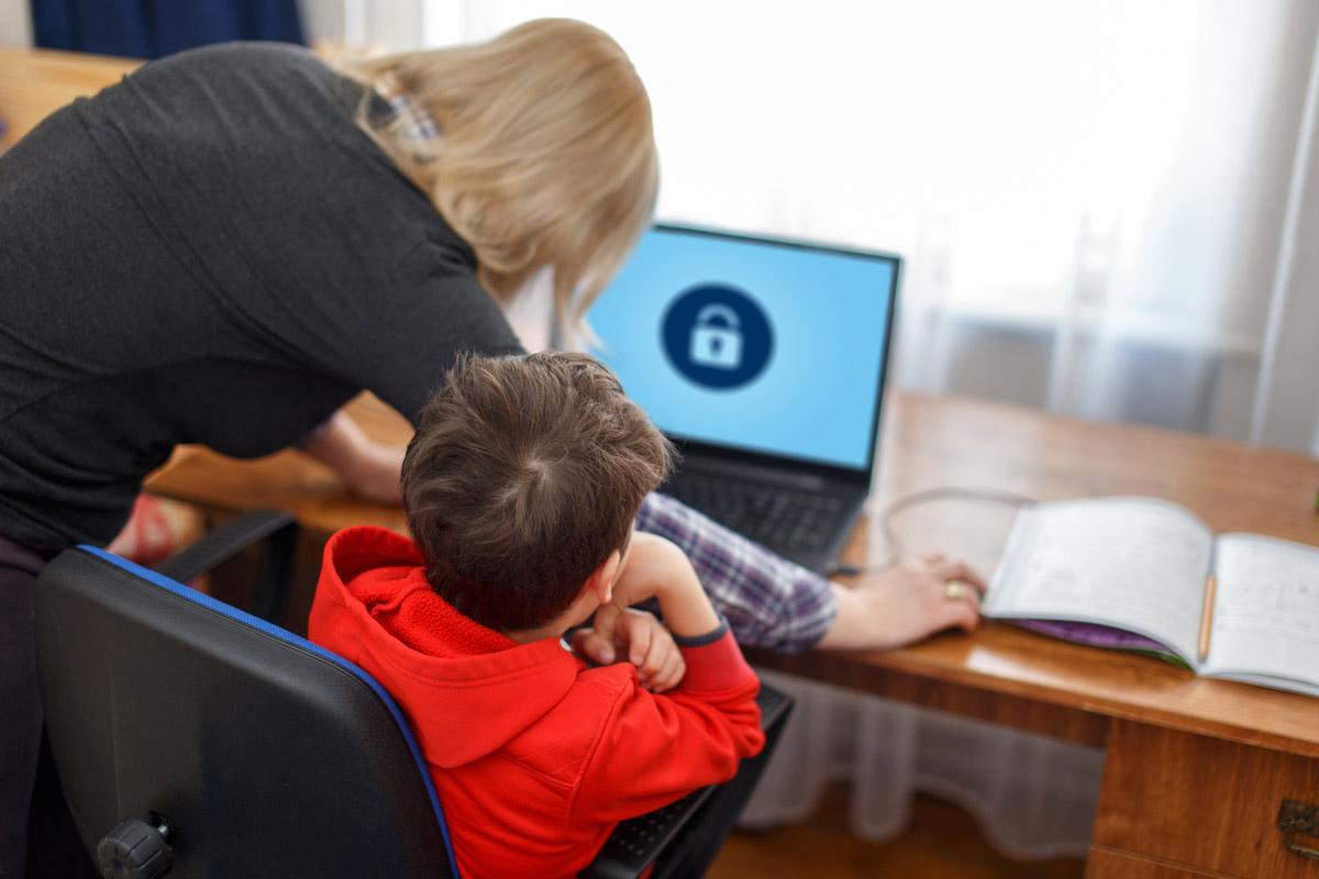 1-Roditelskij-kontrol-v-internete.jpg
